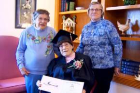 103-річна американка отримала диплом середньої школи