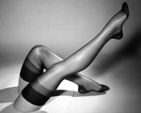 75 лет назад были проданы первые в мире нейлоновые чулки
