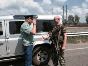 Удивительное сходство: на Донбассе воюет двойник Яценюка
