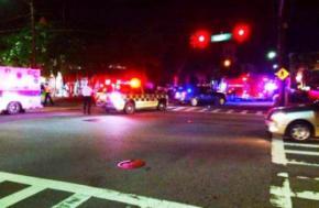 В США неизвестный застрелил в церкви девять человек