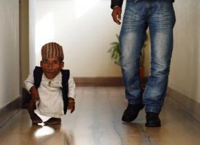 Самый маленький человек в мире - Чандра Бахадур Данг умер в возрасте 76 лет