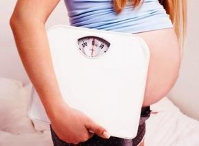Лишний вес у беременных влияет на плод