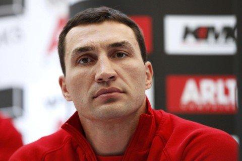 Кличко получил травму и не выйдет на ринг до конца 2016 года
